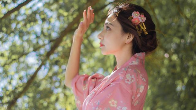 白皙美女纯情和服诱惑户外写真插图3