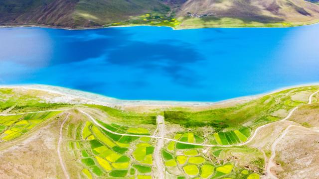 西藏圣湖羊卓雍措国庆旅游风景插图1