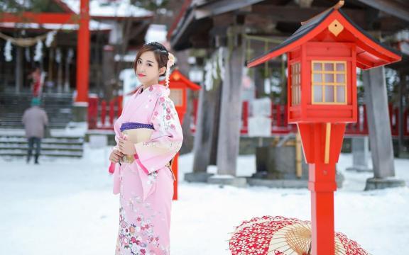 纯洁玉人雪中和服写真插图2