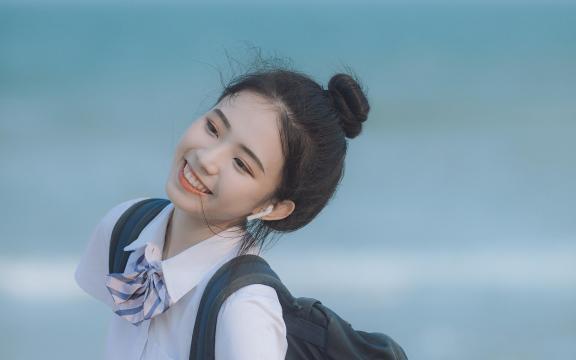 日系元氣少女海邊唯美可愛門生禮服寫真插图