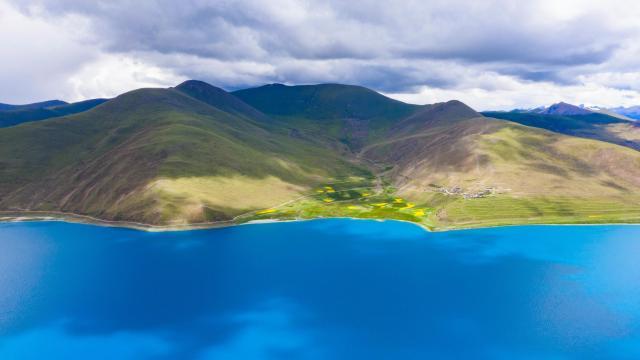 西藏圣湖羊卓雍措国庆旅游风景插图8