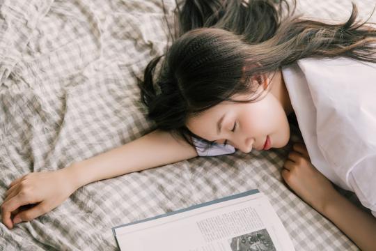 日系美少女性感私房写真插图6