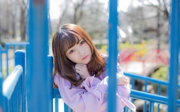 日本纯洁温顺长发玉人三田寺円室外写真插图2