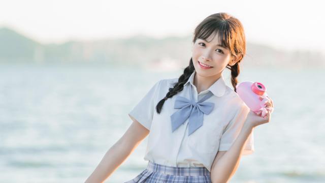 日系纯情学生妹甜蜜海边写真插图7