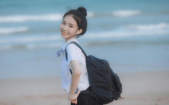 日系元氣少女海邊唯美可愛門生禮服寫真插图6