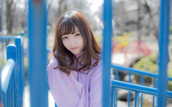 日本纯洁温顺长发玉人三田寺円室外写真插图