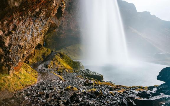 绝美的瀑布壮观美景图片插图