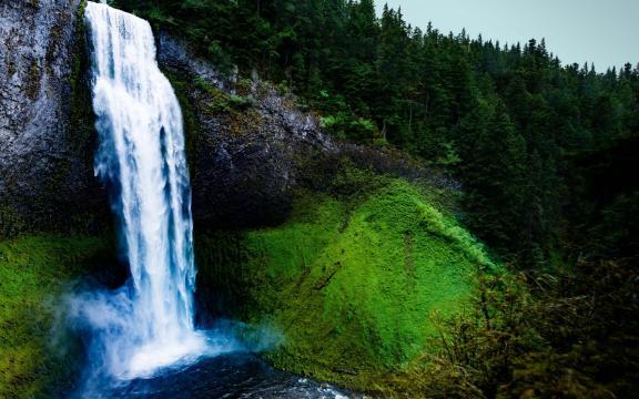 绝美的瀑布壮观美景图片插图3