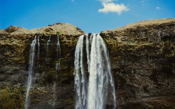 绝美的瀑布壮观美景图片插图4