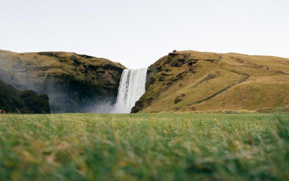 绝美的瀑布壮观美景图片插图1