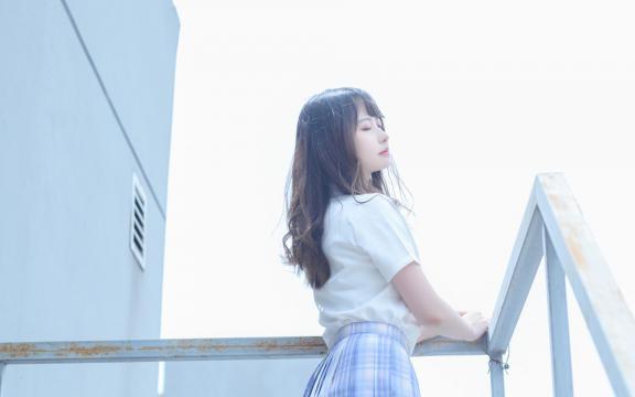 日系纯洁jk礼服少女天台甜蜜可爱写真插图8