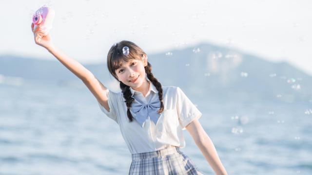 日系纯情学生妹甜蜜海边写真插图8