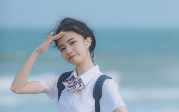 日系元氣少女海邊唯美可愛門生禮服寫真插图8